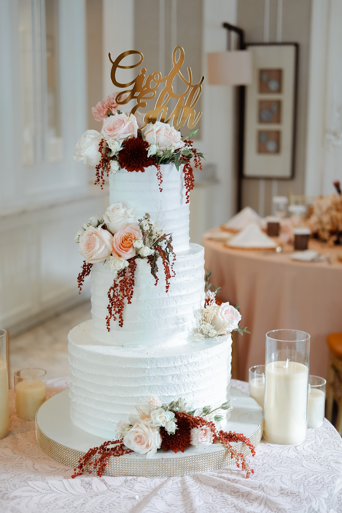 The Wedding of Giovanni & Edith  by KAIA Cakes & Co. - 005