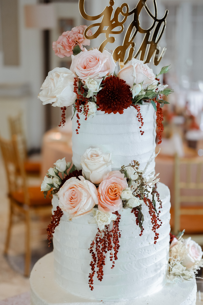The Wedding of Giovanni & Edith  by KAIA Cakes & Co. - 006