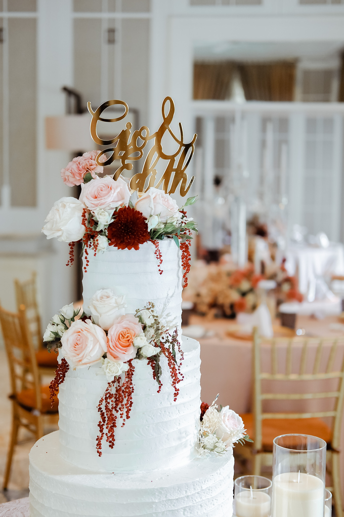 The Wedding of Giovanni & Edith  by KAIA Cakes & Co. - 007