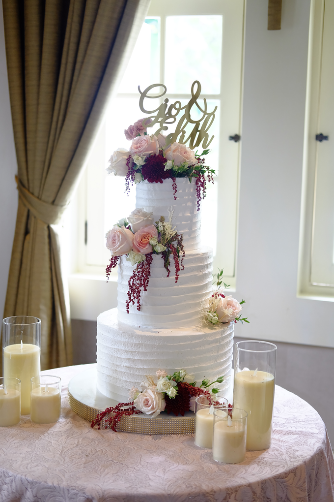 The Wedding of Giovanni & Edith  by KAIA Cakes & Co. - 011