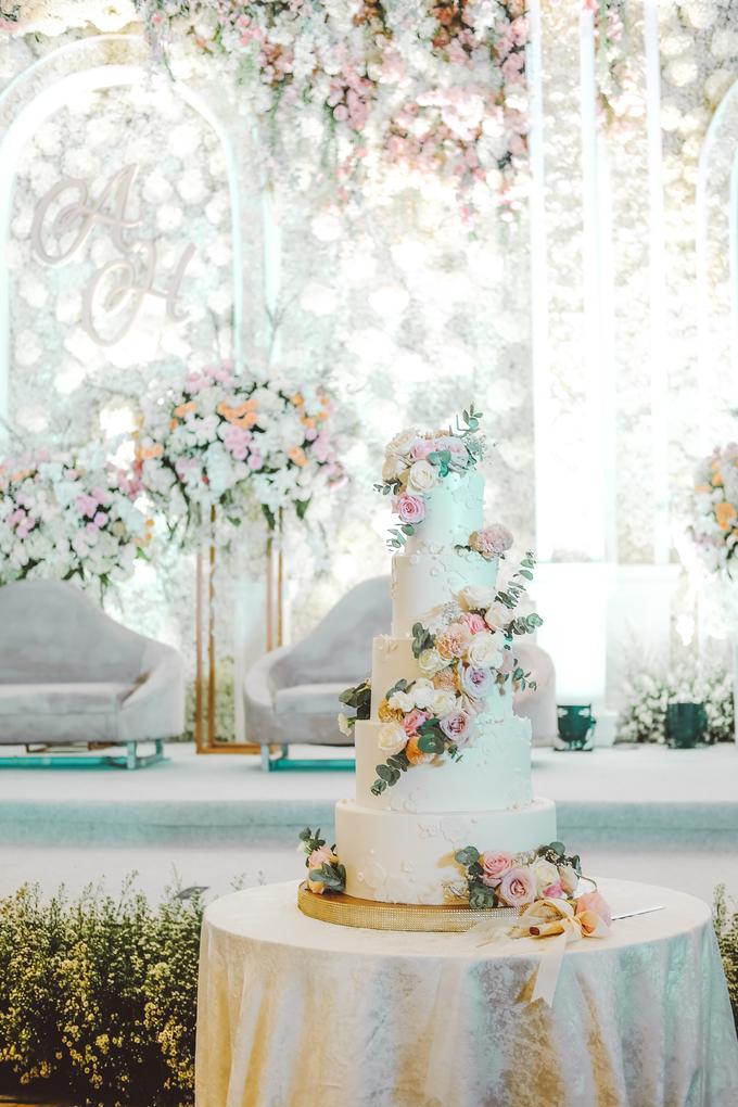 The wedding of Alexius & Henni by KAIA Cakes & Co. - 001