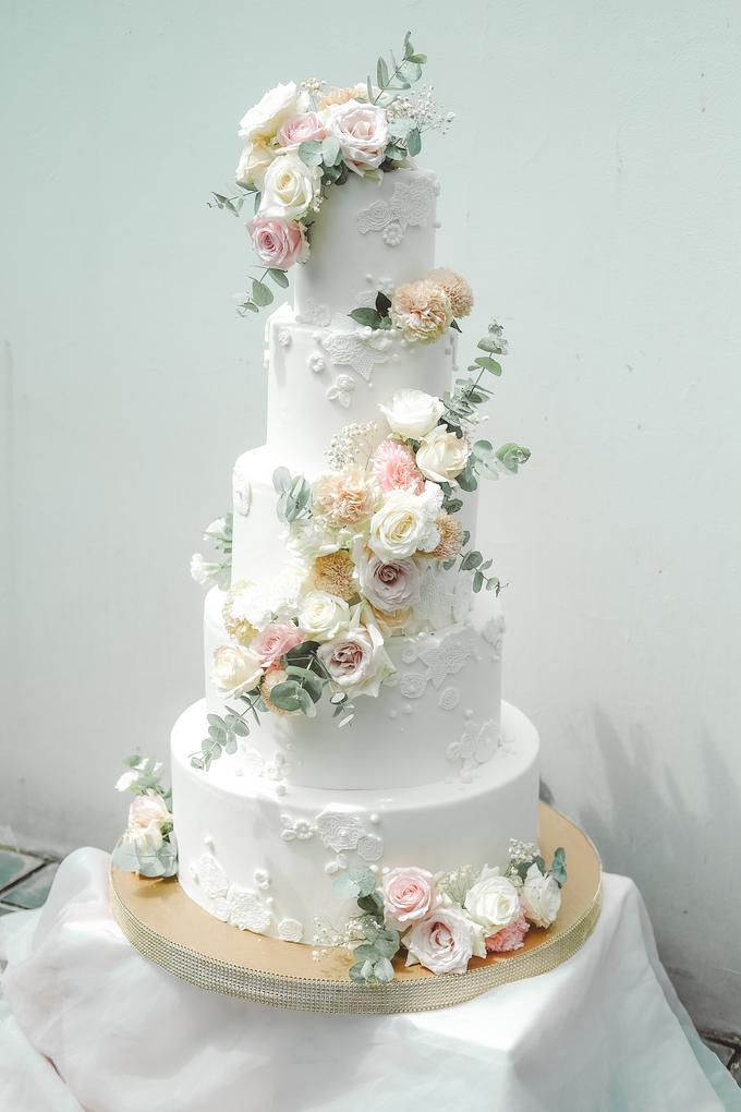 The wedding of Alexius & Henni by KAIA Cakes & Co. - 006