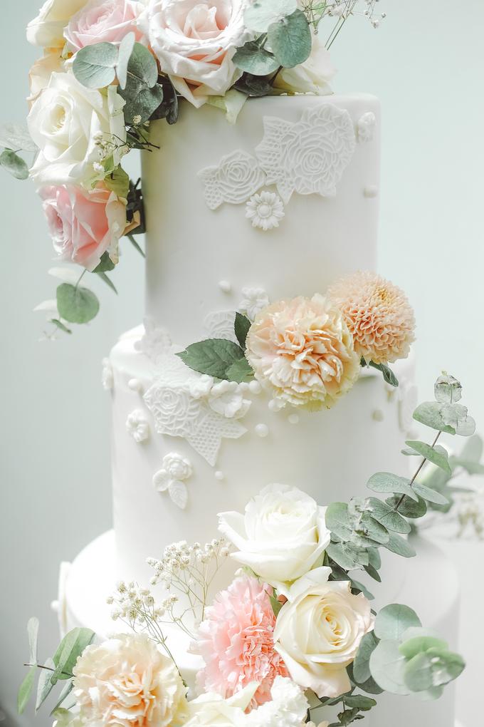 The wedding of Alexius & Henni by KAIA Cakes & Co. - 010