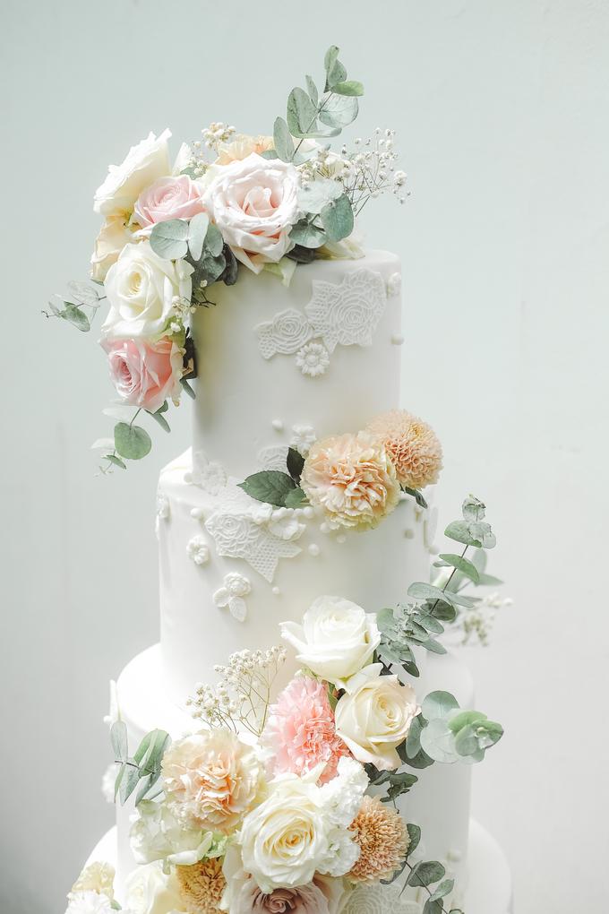 The wedding of Alexius & Henni by KAIA Cakes & Co. - 011