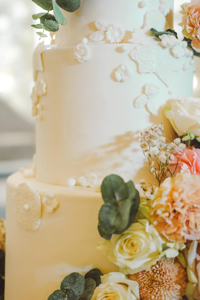The wedding of Alexius & Henni by KAIA Cakes & Co. - 015