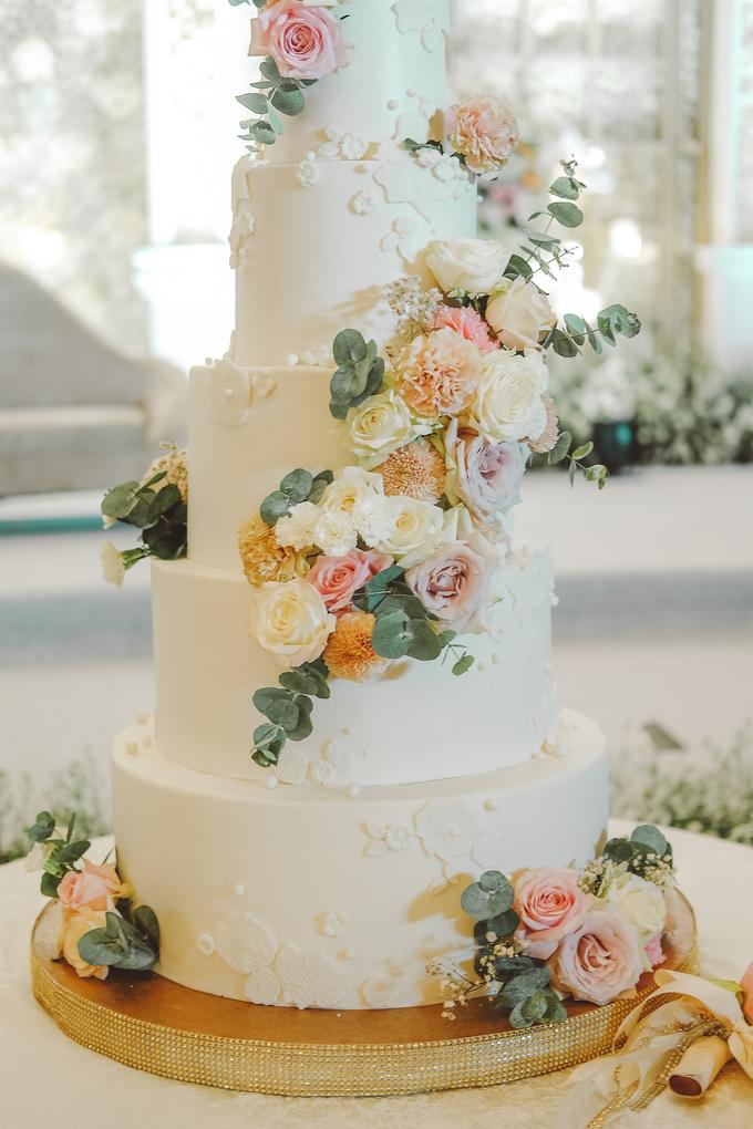 The wedding of Alexius & Henni by KAIA Cakes & Co. - 030