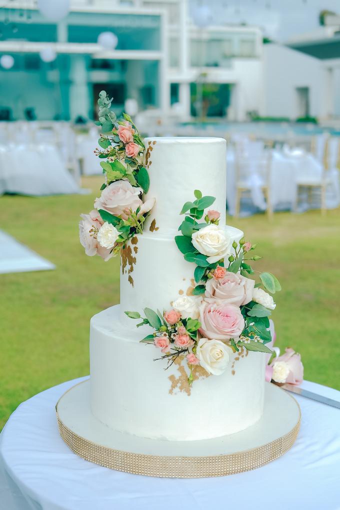 The wedding of Nicholas & Febiola by KAIA Cakes & Co. - 011
