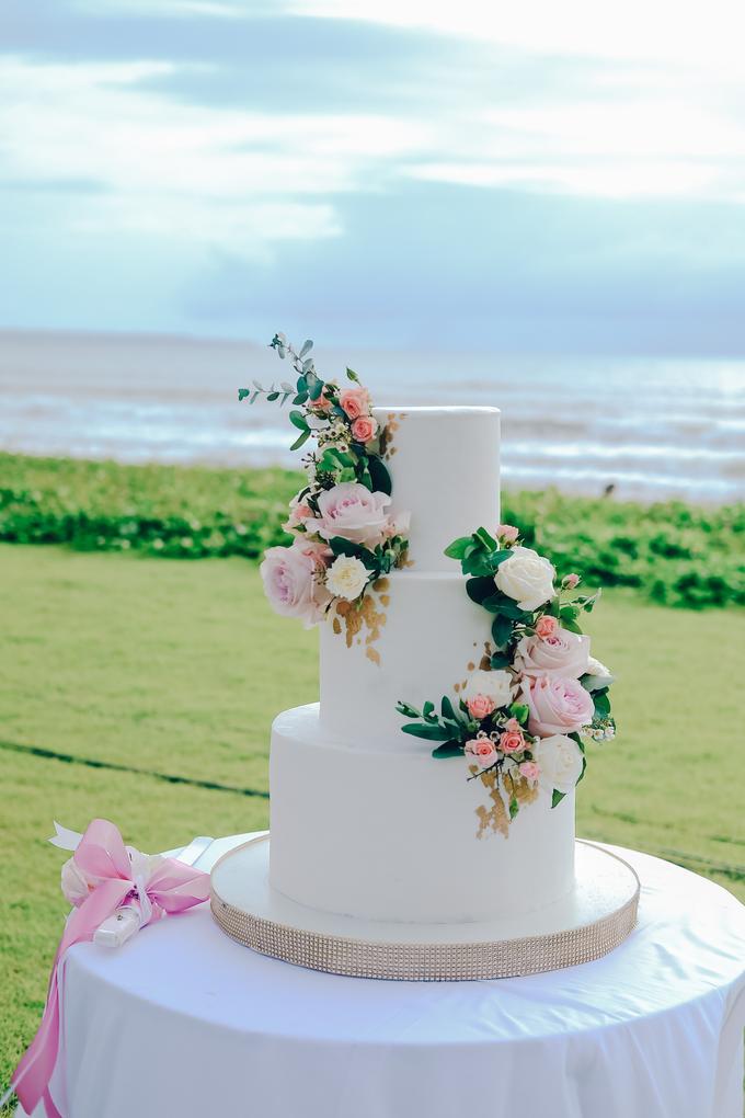 The wedding of Nicholas & Febiola by KAIA Cakes & Co. - 020