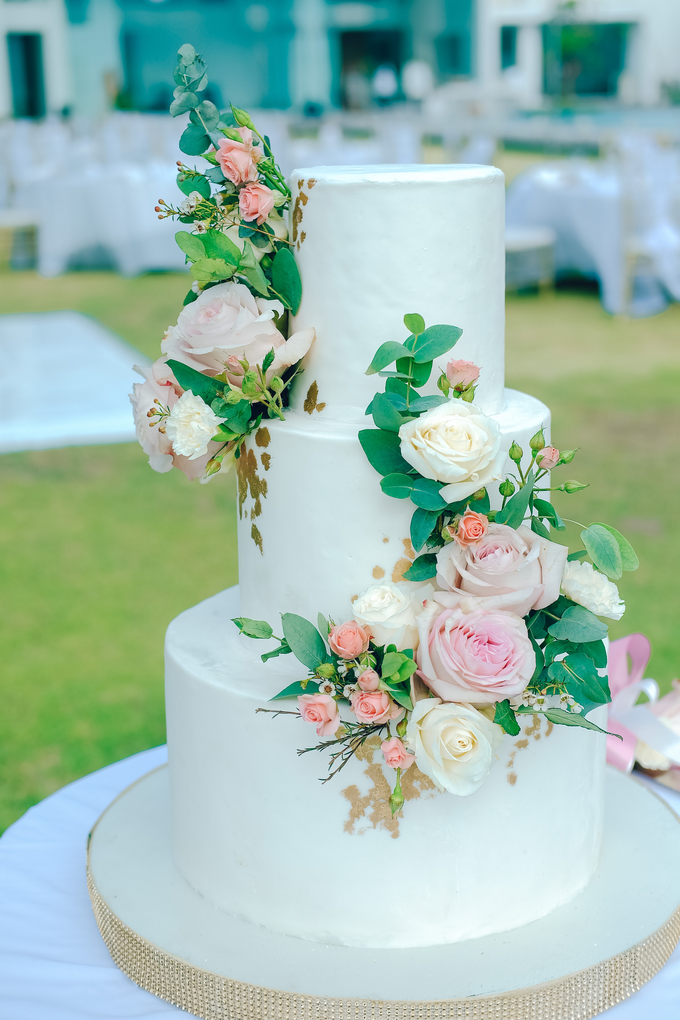 The wedding of Nicholas & Febiola by KAIA Cakes & Co. - 037