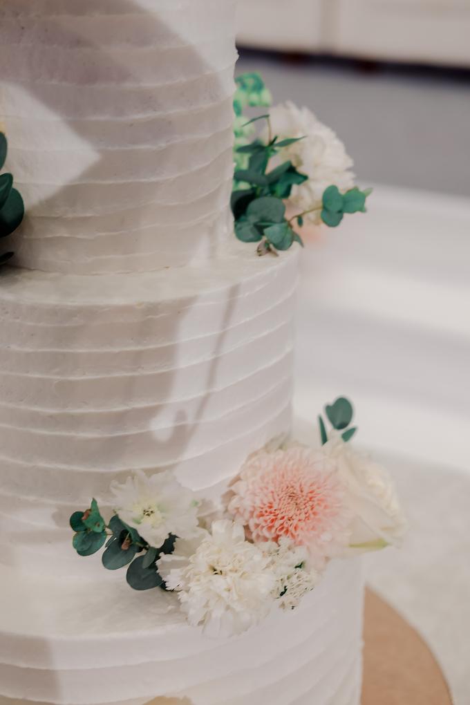The Wedding of Felix & Silvia by KAIA Cakes & Co. - 004
