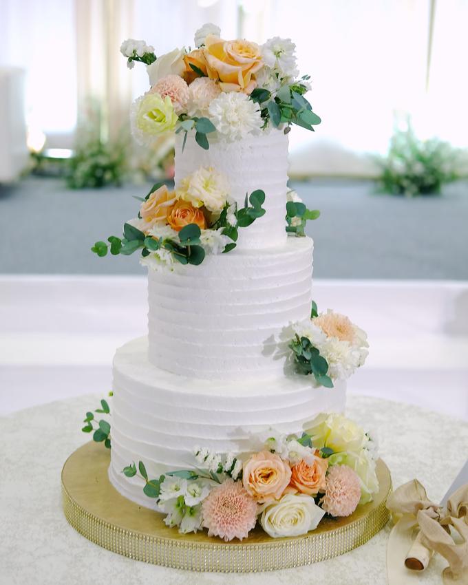 The Wedding of Felix & Silvia by KAIA Cakes & Co. - 016