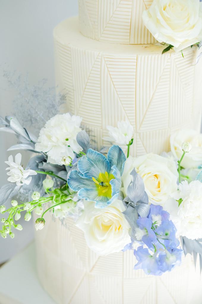 The wedding of Ferry & Kartika by KAIA Cakes & Co. - 004