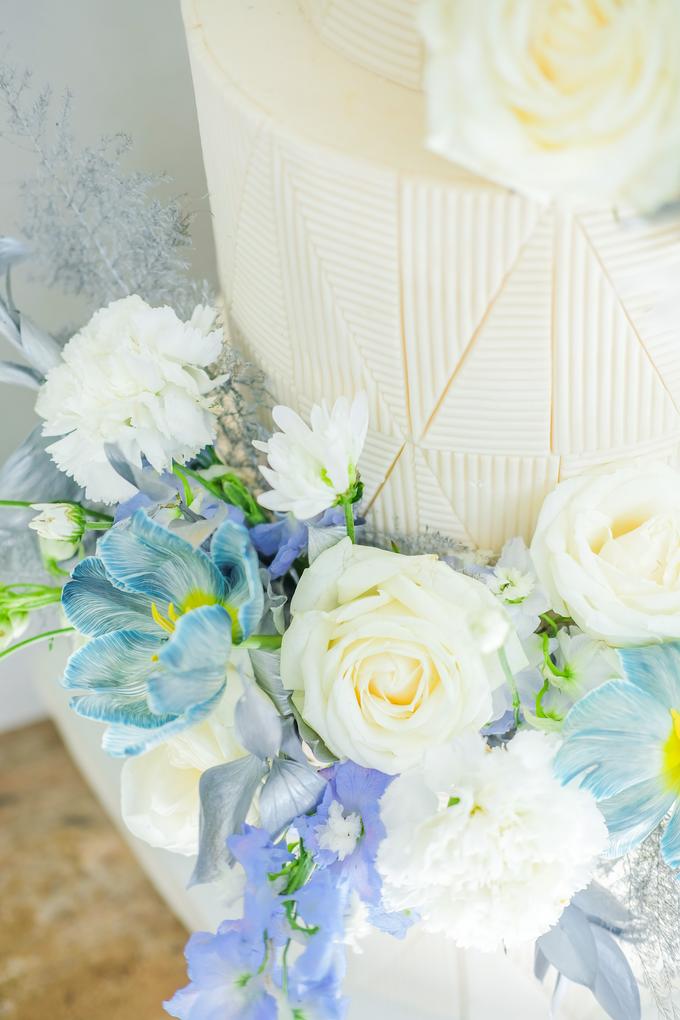 The wedding of Ferry & Kartika by KAIA Cakes & Co. - 008
