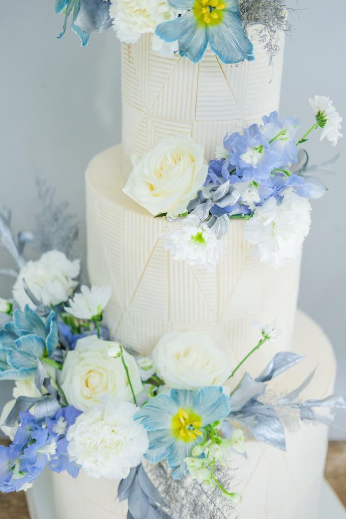 The wedding of Ferry & Kartika by KAIA Cakes & Co. - 010