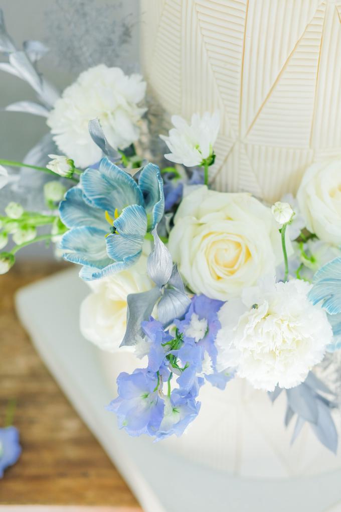 The wedding of Ferry & Kartika by KAIA Cakes & Co. - 011