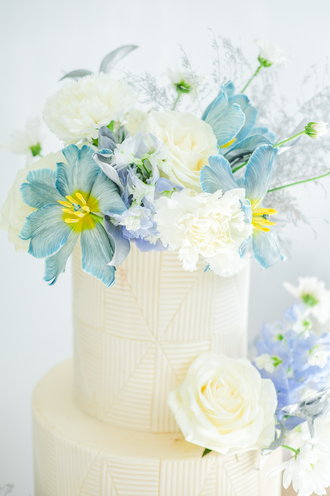 The wedding of Ferry & Kartika by KAIA Cakes & Co. - 015