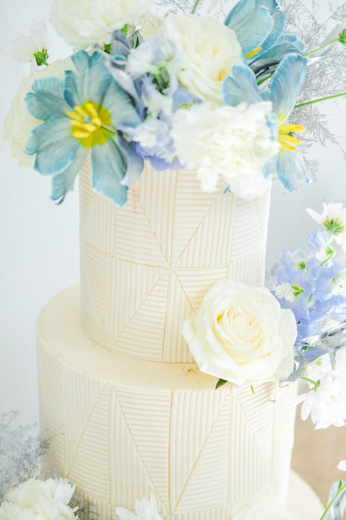 The wedding of Ferry & Kartika by KAIA Cakes & Co. - 016