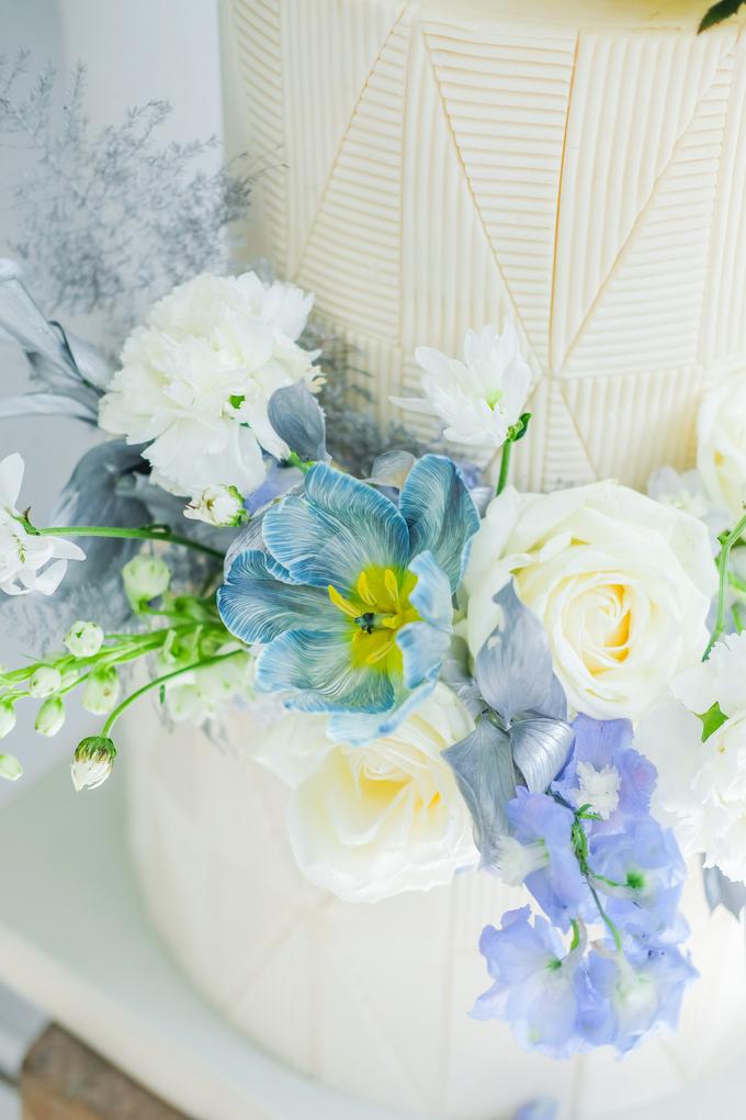 The wedding of Ferry & Kartika by KAIA Cakes & Co. - 019
