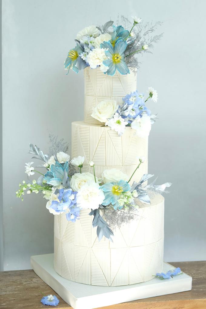 The wedding of Ferry & Kartika by KAIA Cakes & Co. - 032