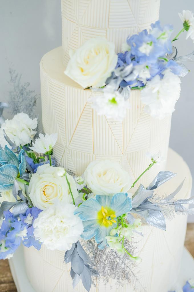 The wedding of Ferry & Kartika by KAIA Cakes & Co. - 033