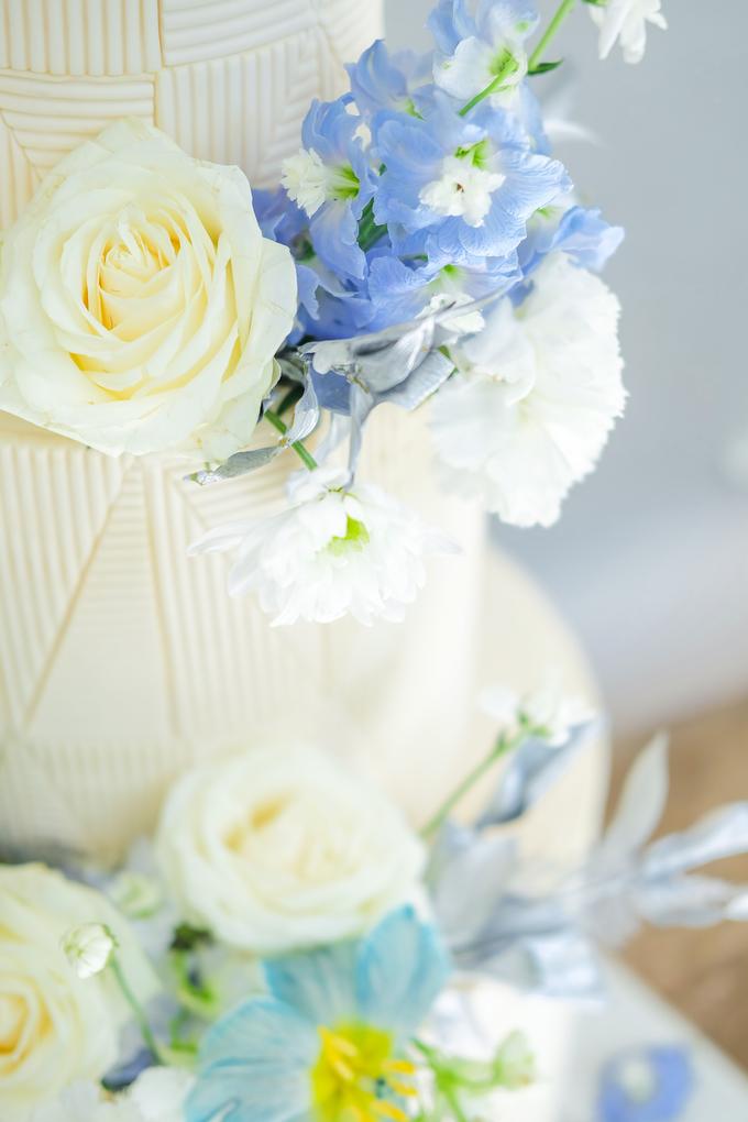 The wedding of Ferry & Kartika by KAIA Cakes & Co. - 036