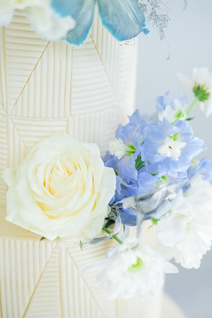The wedding of Ferry & Kartika by KAIA Cakes & Co. - 038