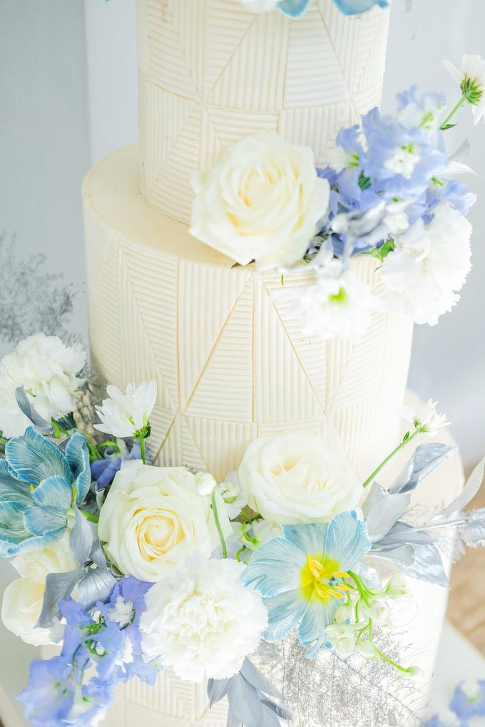 The wedding of Ferry & Kartika by KAIA Cakes & Co. - 045