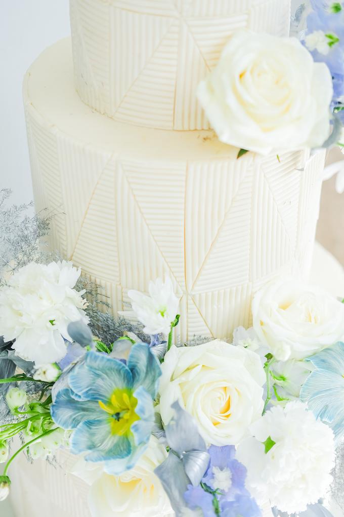 The wedding of Ferry & Kartika by KAIA Cakes & Co. - 047