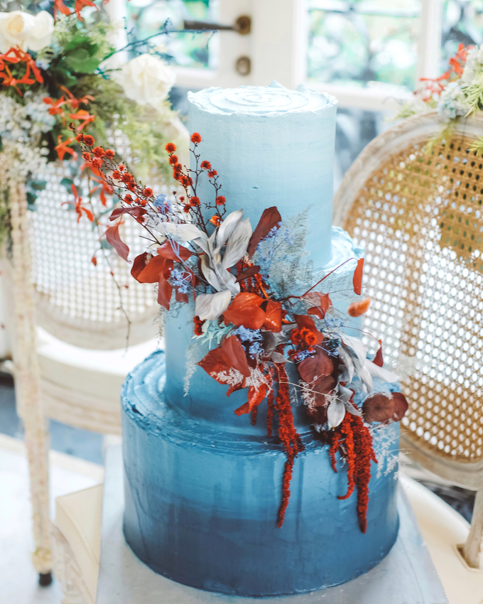 The wedding of Tika & Angga by KAIA Cakes & Co. - 003