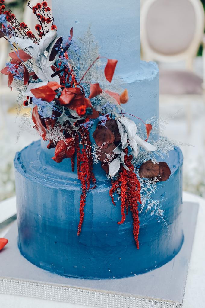 The wedding of Tika & Angga by KAIA Cakes & Co. - 017
