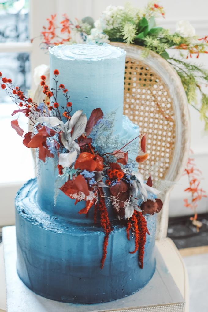The wedding of Tika & Angga by KAIA Cakes & Co. - 022
