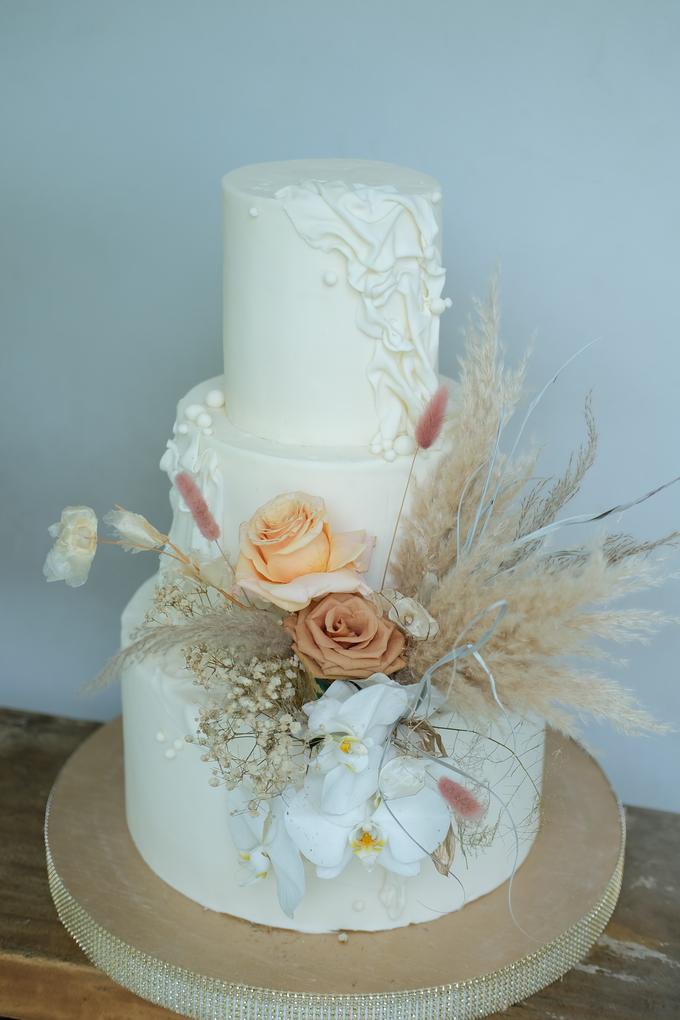 The wedding of Felix & Clarissa by KAIA Cakes & Co. - 001