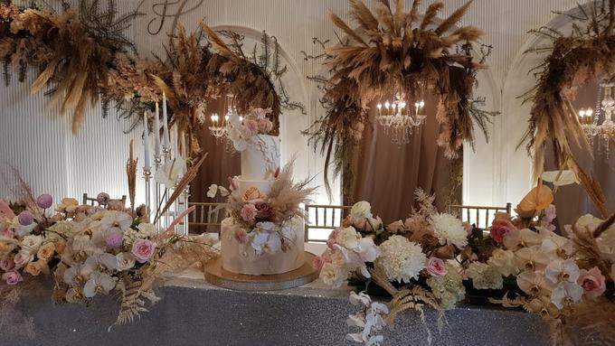 The wedding of Felix & Clarissa by KAIA Cakes & Co. - 004