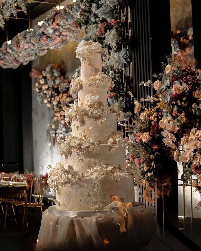 The wedding of Antonius & Angela by KAIA Cakes & Co. - 001