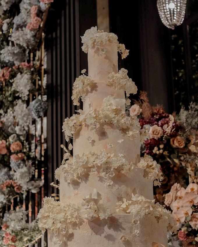 The wedding of Antonius & Angela by KAIA Cakes & Co. - 003