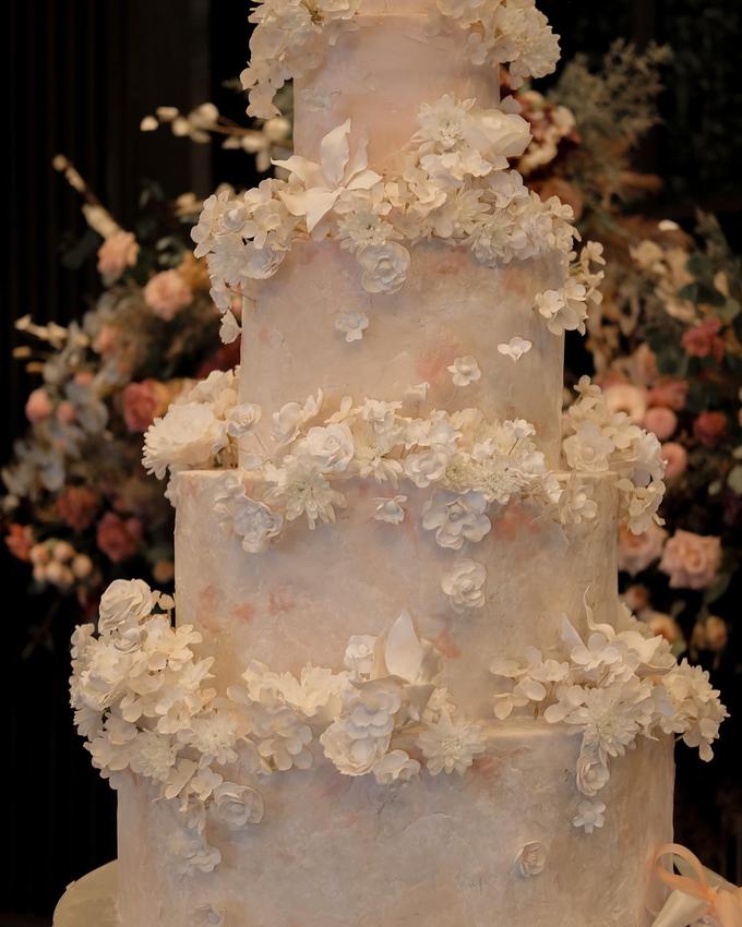 The wedding of Antonius & Angela by KAIA Cakes & Co. - 004
