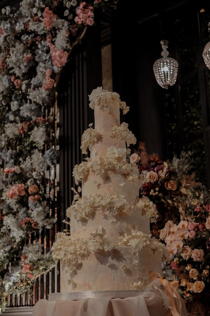 The wedding of Antonius & Angela by KAIA Cakes & Co. - 007