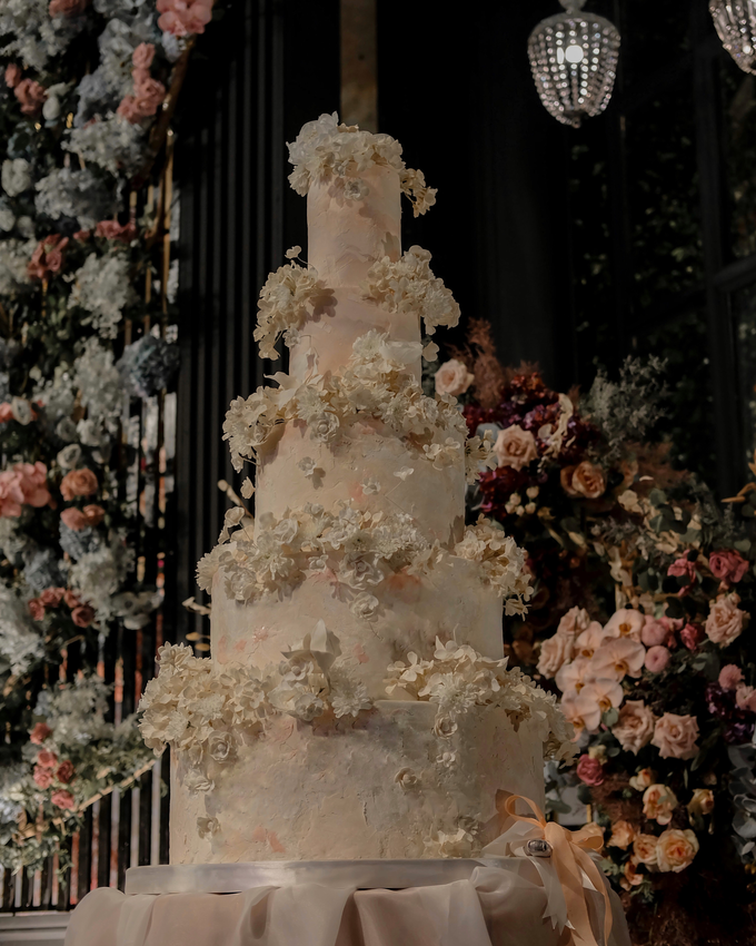 The wedding of Antonius & Angela by KAIA Cakes & Co. - 014