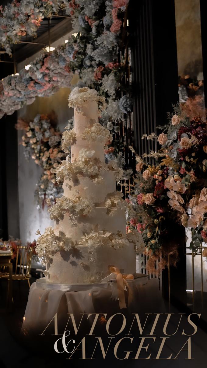 The wedding of Antonius & Angela by KAIA Cakes & Co. - 024