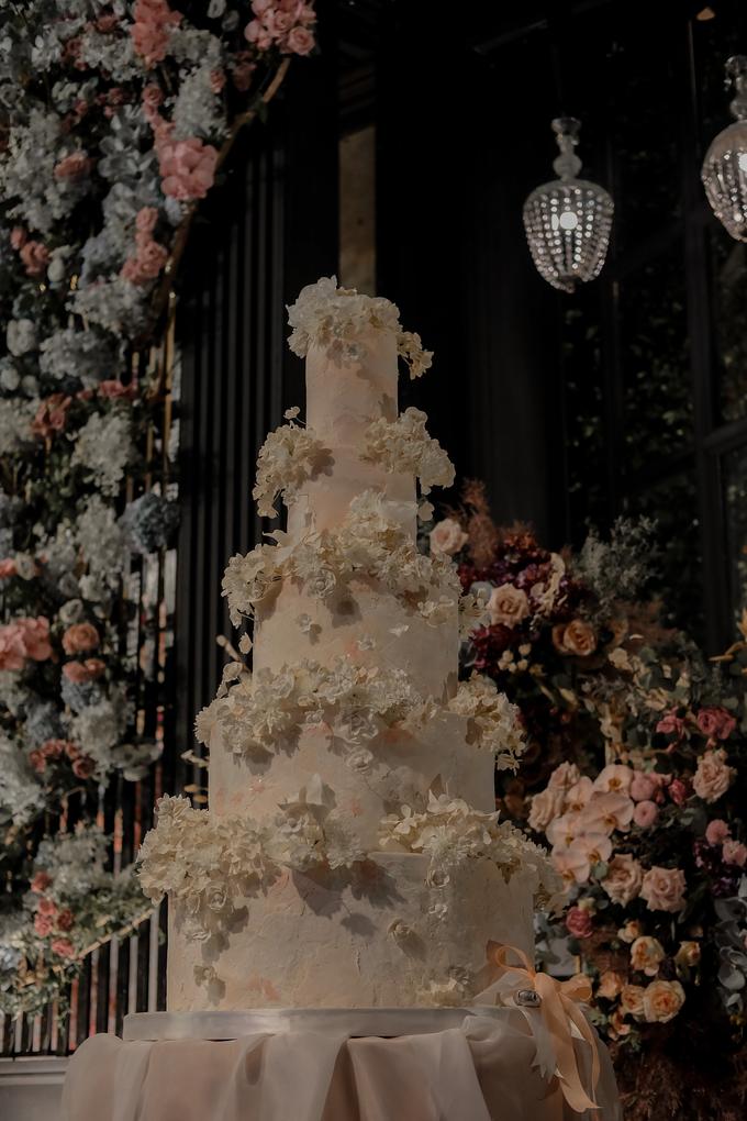 The wedding of Antonius & Angela by KAIA Cakes & Co. - 028