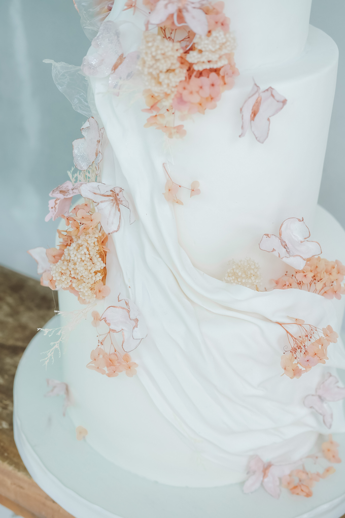 The wedding of Michael & Holivia by KAIA Cakes & Co. - 024