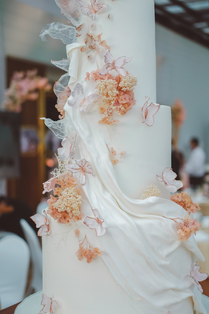 The wedding of Michael & Holivia by KAIA Cakes & Co. - 040