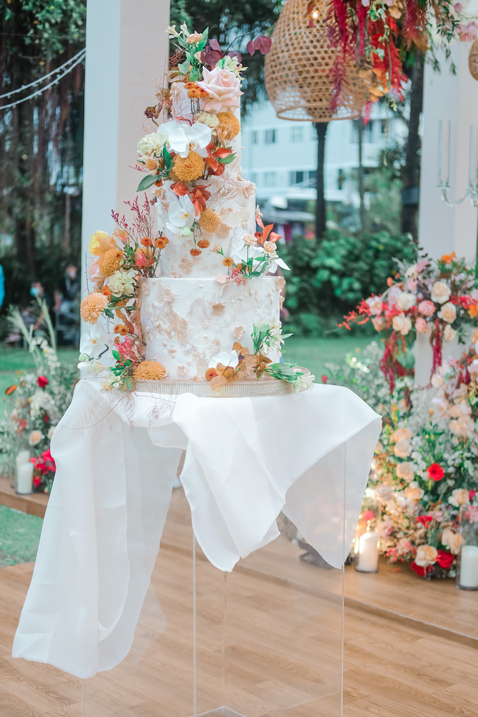 The wedding of Anton & Hanna by KAIA Cakes & Co. - 012