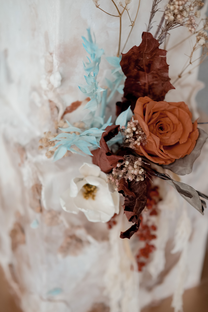 The wedding of Iwen & Devina by KAIA Cakes & Co. - 006