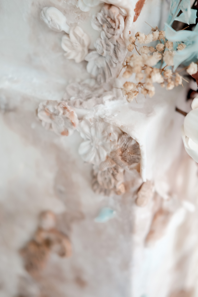 The wedding of Iwen & Devina by KAIA Cakes & Co. - 007