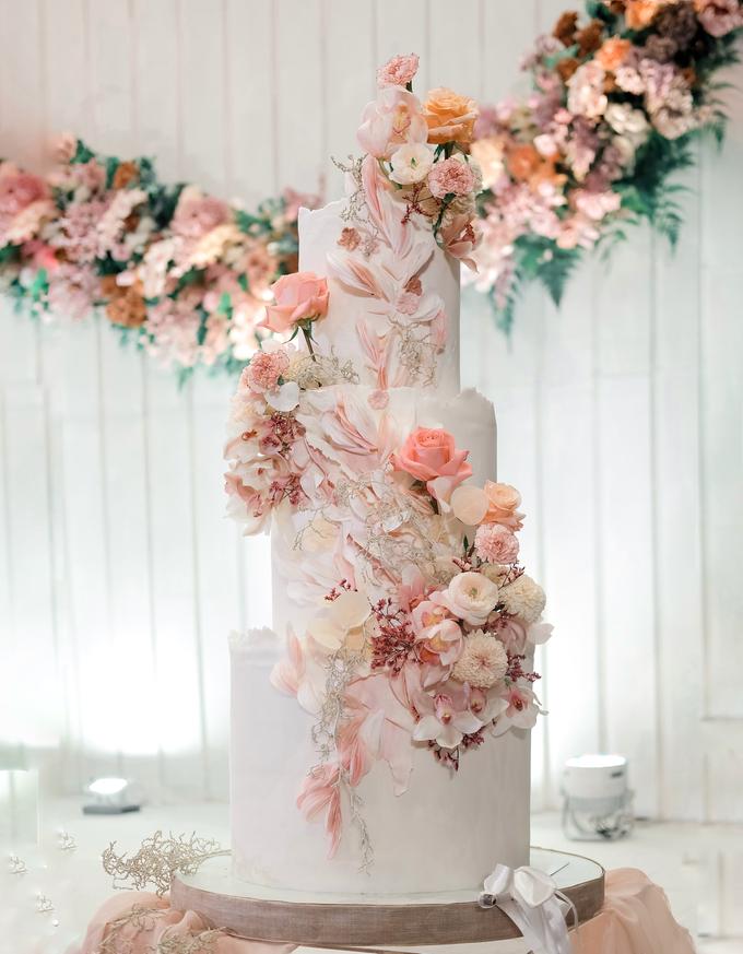 The wedding of Edbert & Priscilia by KAIA Cakes & Co. - 001