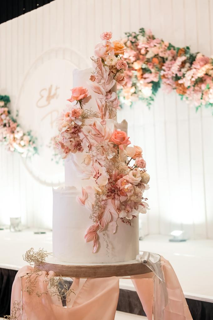 The wedding of Edbert & Priscilia by KAIA Cakes & Co. - 004