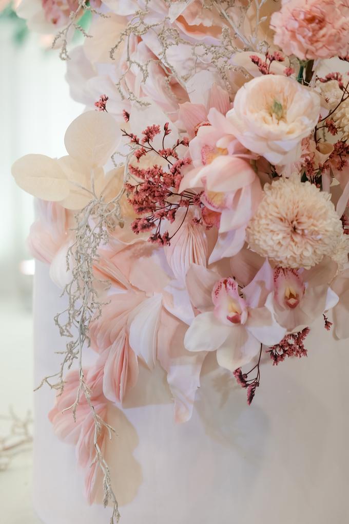The wedding of Edbert & Priscilia by KAIA Cakes & Co. - 009