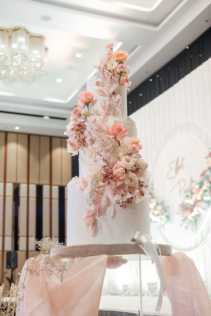 The wedding of Edbert & Priscilia by KAIA Cakes & Co. - 011