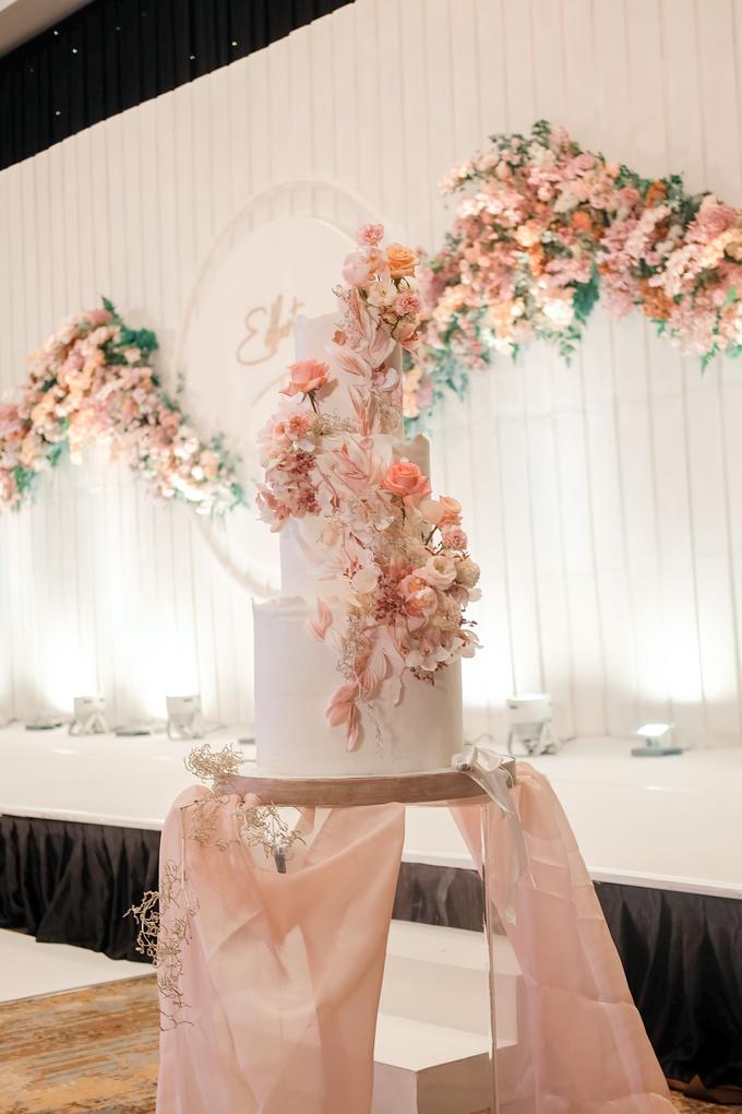 The wedding of Edbert & Priscilia by KAIA Cakes & Co. - 012